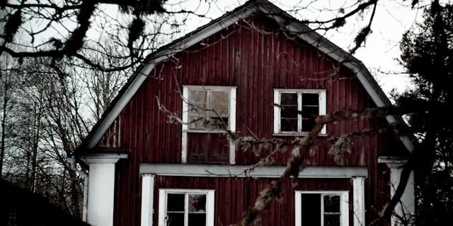 Den här gången besökte vi den övergivna disponentvillan på Selaön utanför Strängnäs. Vi bestämde oss för att göra något annorlunda.